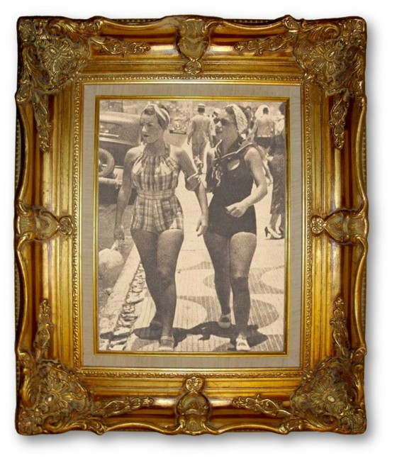 Rio Beach 1930 Carmen Miranda and Sister